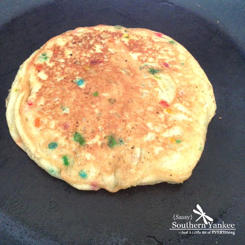Funfetti Cake Batter Pancakes {Gluten Free}